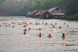 Врачи предупреждают об опасности заразиться лихорадкой в Таиланде и Китае