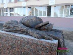 Памятный знак хлебу открыт в Пинске