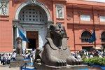 Египет не может вернуть иностранных туристов в музеи и на курорты