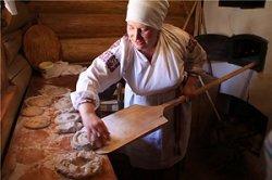 Туристов в Мотоле научат печь хлеб по старинным рецептам