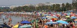 Акула укусила туриста на пляже в Салоу