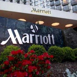 Marriott International попросил гостей оставлять горничным чаевые