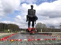 Вадим Кармазин: «В следующем году в связи с 70-летием Победы в Беларуси ожидается бум военно-исторического туризма»
