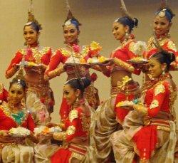 На презентации Шри-Ланки в Минске агентов поили чаем и расслабляли аюрведическим массажем