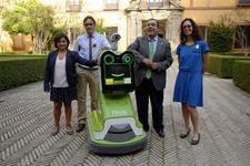 В Севилье представили робота-гида