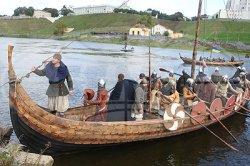В Гродно прибыл корабль – реконструкция судна викингов