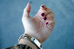 Власти Таиланда предложили выдавать туристам ID-браслеты