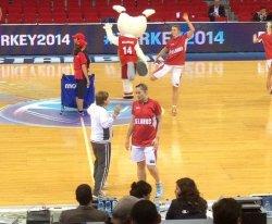 ЧМ по баскетболу в Стамбуле: туристам здесь не рады