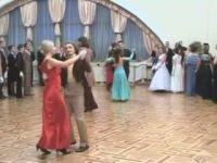 В Гродно возродили старинную традицию королевских балов (+ видео)