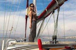 Известный британский блогер Бекки Энрайт побыла неделю «афинянкой»