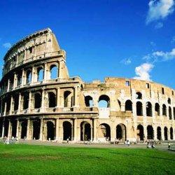 Российский турист заплатит 20 тысяч евро за вандализм в Колизее