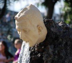 Самые дурацкие скульптуры мира