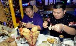 Китайский ресторан сделает скидку толстым клиентам