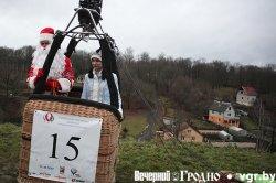 Гродненская пожарная каланча превратилась в новогоднюю елку