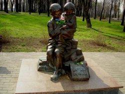 Тюменцы и надымчане познакомились с витебским и бешенковичским опытом сохранения военной истории