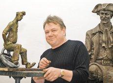 Неизвестные эскизы известного скульптора Владимира Жбанова получают воплощение в бронзе. Где можно увидеть наследие минского Андерсена?
