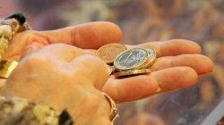 Литва привыкает к евро: цены растут, но власти утверждают, что это сезонное явление