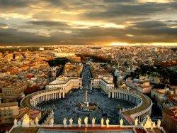 Власти Рима планируют увеличить туристический налог до 10 евро в сутки