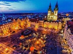 Экскурсоводы Праги требуют убрать с улиц неквалифицированных коллег