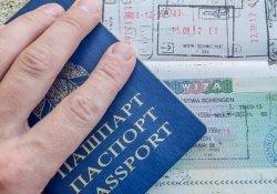 В Беларуси отменять визы для иностранцев пока не планируется
