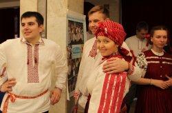 У Мiнску паказали сапраўдныя беларускiя танцы