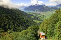 Узкоколейка Маттерхорн Готтард в Швейцарии этим летом будет возить туристов бесплатно