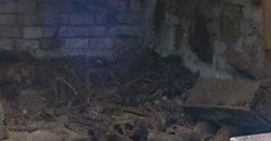 Гродненские подземелья могут быть реальными: журналистам впервые показали похоронный склеп под Фарным костелом