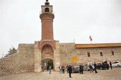 В замке Юлия Цезаря откроется музей