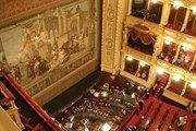 Национальный театр в Праге открывает двери для экскурсий