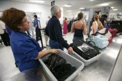 Испания вводит новые правила досмотра ручного багажа