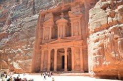 Иордания потеряла половину туристов из-за чужих проблем