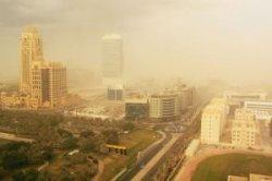 Сильнейшая песчаная буря в ОАЭ закончится только к воскресенью