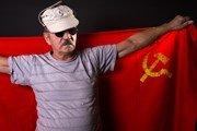 При поездке в Украину советскую символику следует оставить дома