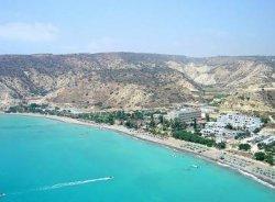 Турпоток на Кипр вырос в марте на 25%