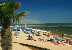 Зонтики и лежаки Солнечного Берега могут стать бесплатными