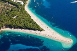 С хорватского острова Брач на Видову гору протянут фуникулер