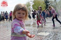 В Бресте заработало сразу два новых фонтана