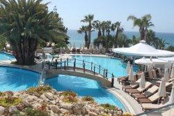 Кипр весной: Афродита, апельсины и м-о-о-оре!