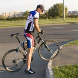 Фотофакт: в Гомеле появилась первая велодорожка