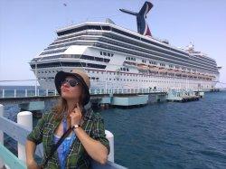 Тюрьма по собственному желанию. Бывшая журналистка TIO.BY о своем опыте работы на круизном лайнере США