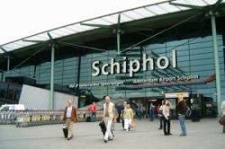 Этой зимой лоукостеры Ryanair и Easyjet начнут работу в аэропорту Амстердама
