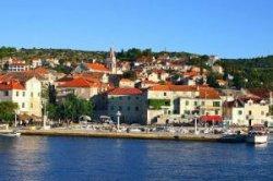 Хорватия запускает экскурсионный катамаран из Сплита на остров Брач