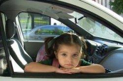 Испания вводит новые правила перевозки детей в автомобиле