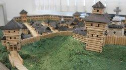 На выставке в Гомеле покажут деревянные макеты замков, церквей и усадеб Средневековья