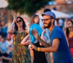 На выходных: «Мотальскія прысмакі», «Споровские сенокосы» и музыкальный фестиваль в  Мире