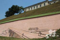 Фотофакт: подпорную стену под Новым замком Гродно превратят в гравюру