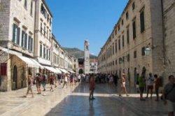 В 2016 году Дубровник введет дресс-код для туристов