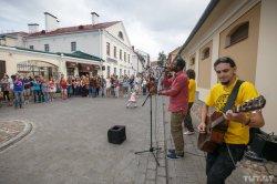 Как прошел в столице первый фестиваль уличных музыкантов «Место под солнцем»