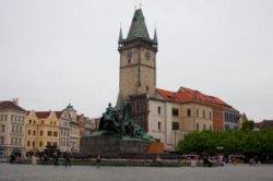 Староместская ратуша в Праге приглашает на бесплатные экскурсии