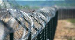 Венгрия отгородится стеной от Хорватии